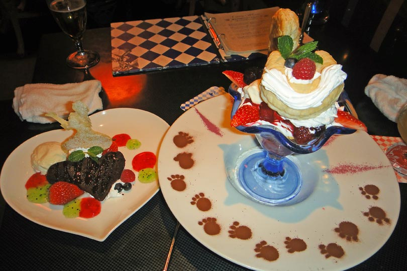alice-in-wonderland-desserts